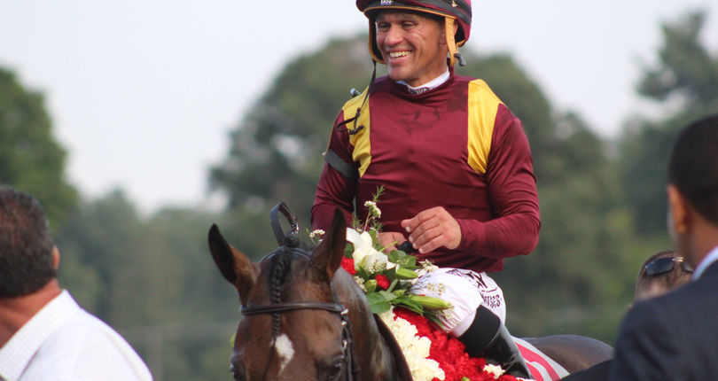 Castellano breezes Catholic Boy and City of Light