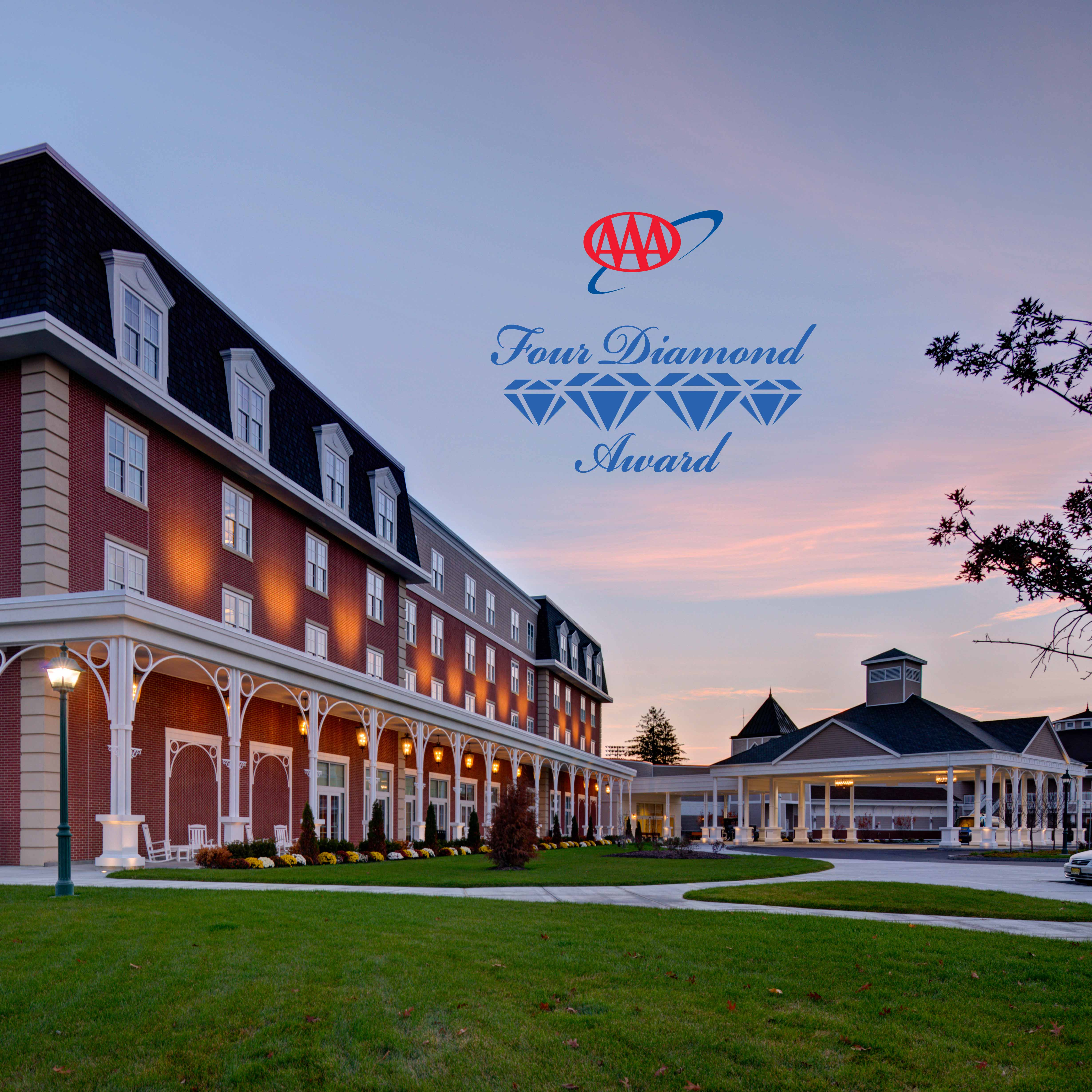 Experience Unmatched Luxury In An Exciting Atmosphere At Saratoga Hotel Featuring 117 Beautifully Ointed Rooms And Suites Our Is Also